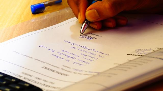 Essential Employment Paperwork in Bahrain | ExpatFinder Guides
