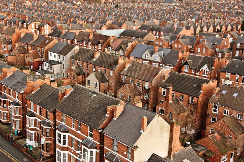 Buying Property in UK – ExpatFinder Articles